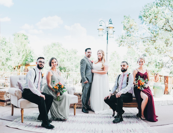 big-fake-wedding-cloakphoto-bridal-party